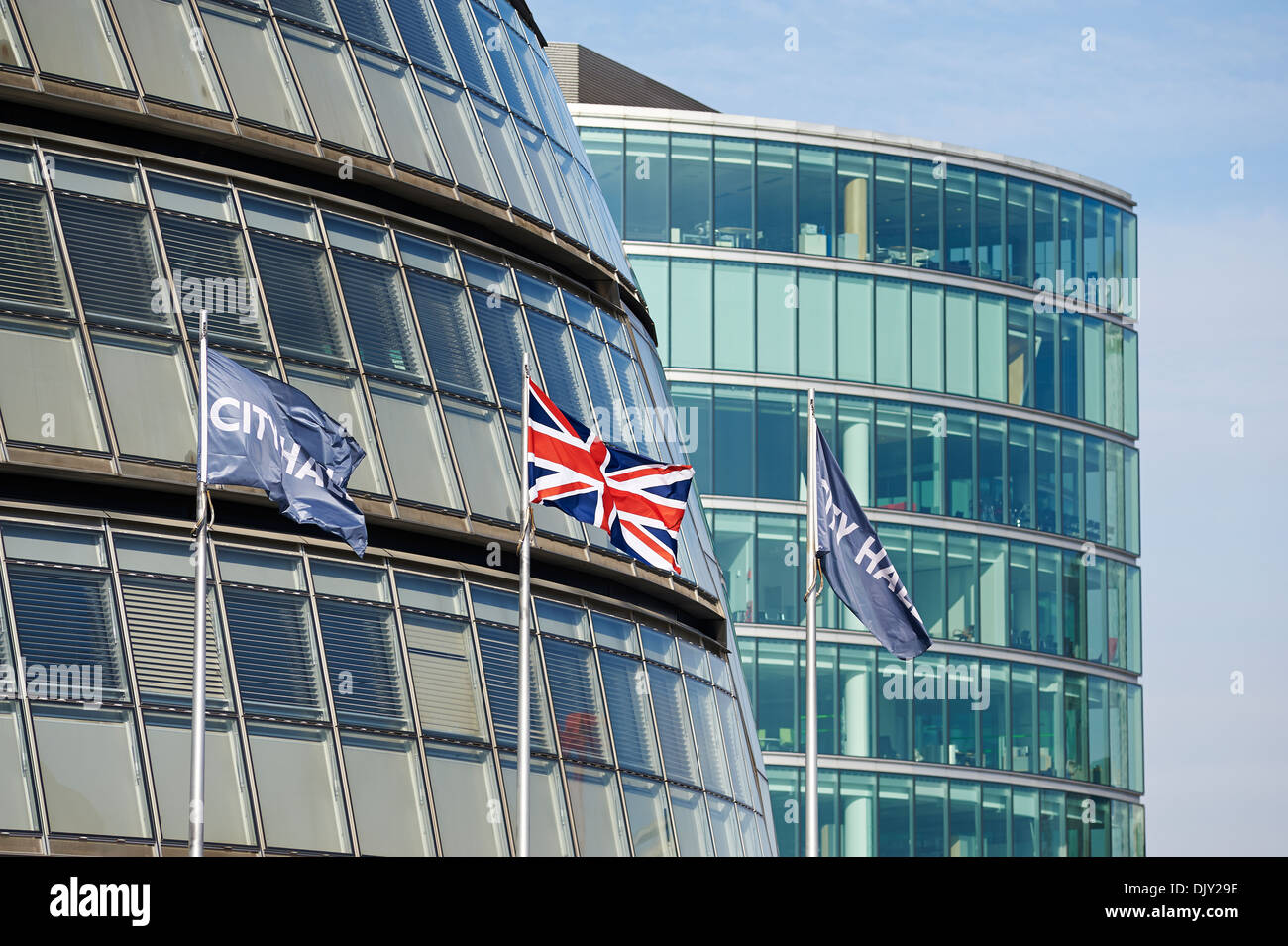 Mayor of london, City Hall and flags - Stock Image