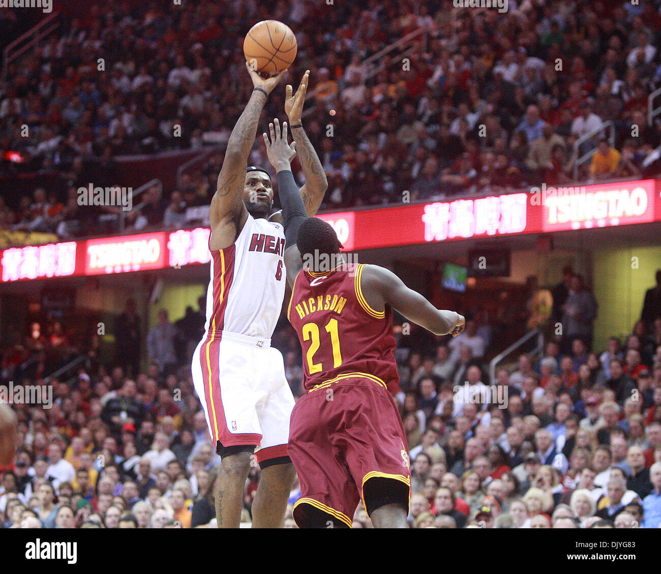 Dec 02, 2010 - Cleveland, OH, USA - LeBron James pulls up for a jumpshot over his former teammate J. J. Hickson.  (Credit Image: © Damon Higgins/The Palm Beach Post/ZUMAPRESS.com) - Stock Image