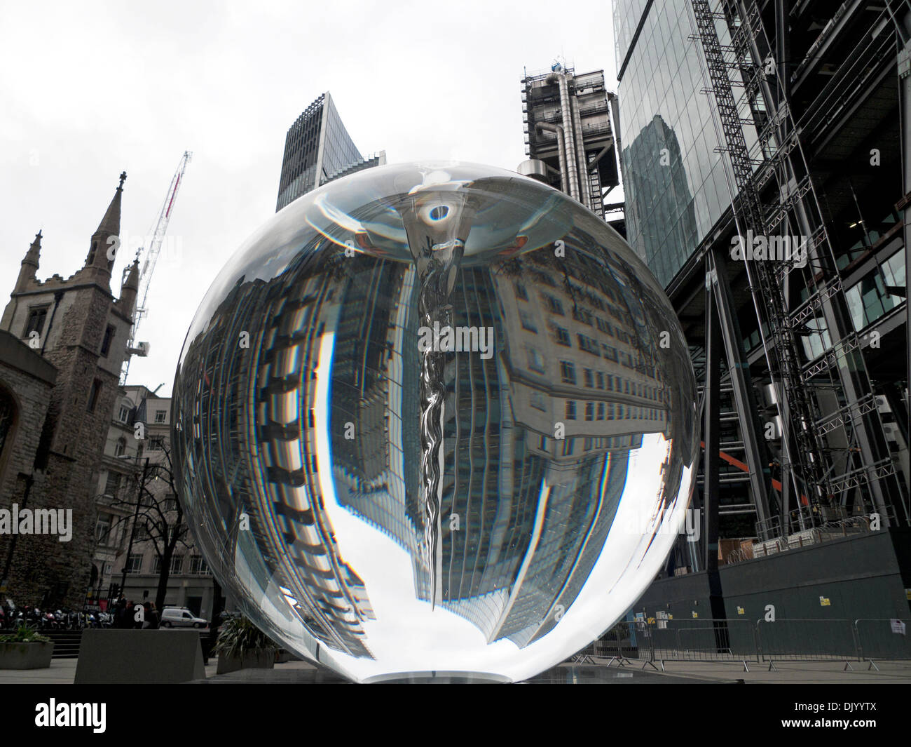 The Optic Sphere 'Vital Force' sculpture by Petroc Sesti reflecting the Willis and LLoyds buildings City of London  KATHY DEWITT - Stock Image