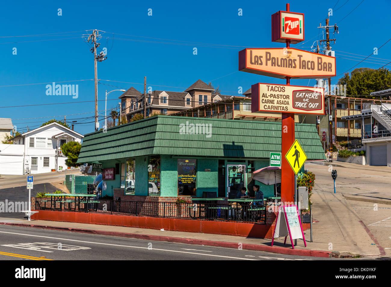 Typical Californian Taco Bar, Santa Cruz, California, USA - Stock Image