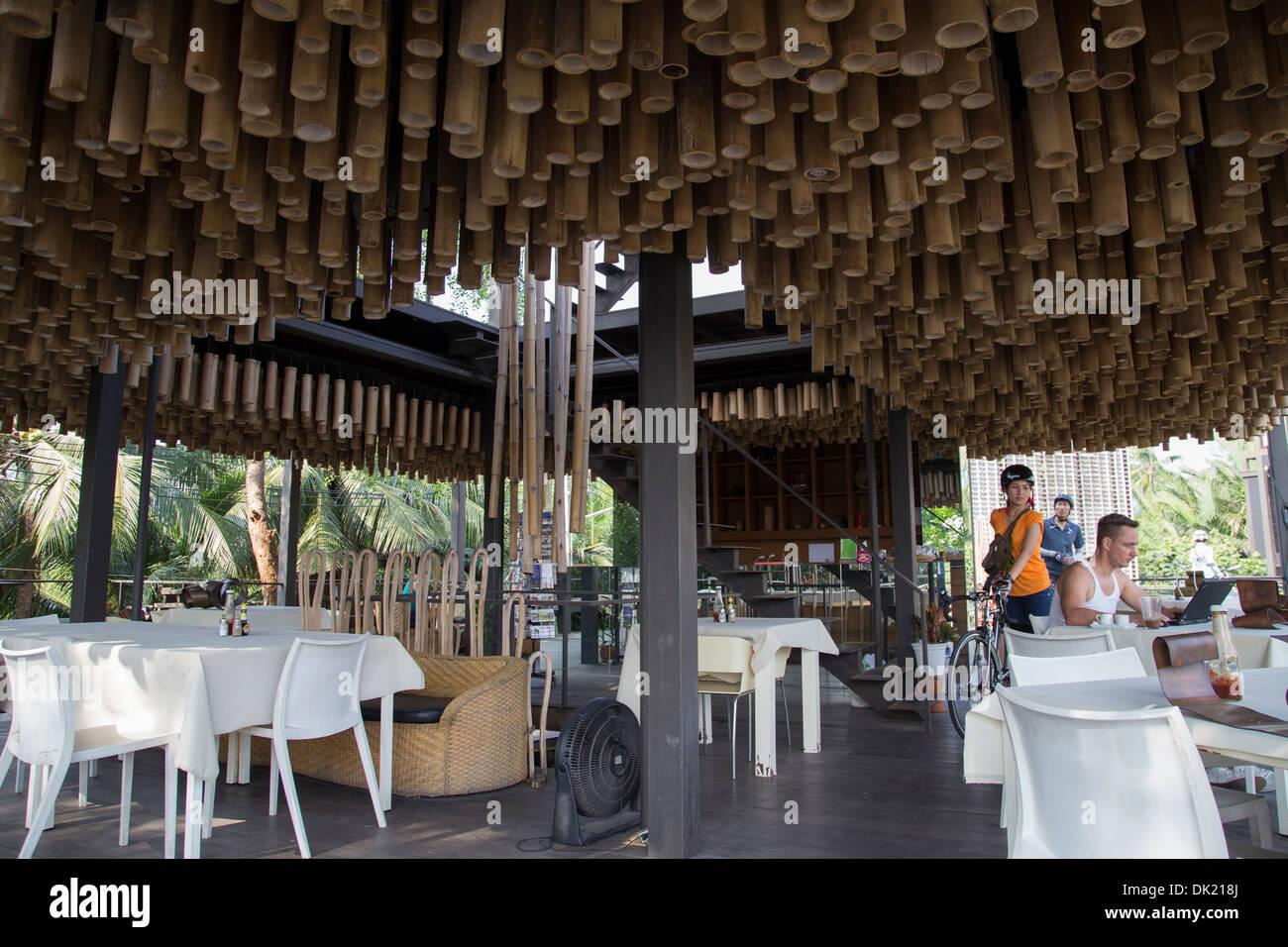 Bamboo ceiling at Bangkok Tree House -  a unique eco hotel on Phra Pradaeng Peninsula - Stock Image