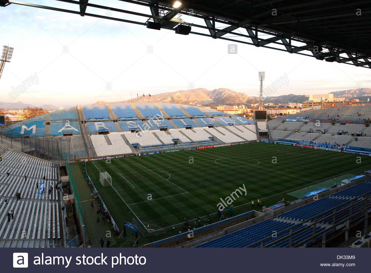 General view of Stade Velodrome..UEFA Champions League 1st Leg last 16..Olympique Marseille v Manchester United..23rd February, 2011.(Credit Image: © Jake Badger/Sportimage/Cal Sport Media/ZUMAPRESS.com) - Stock Image