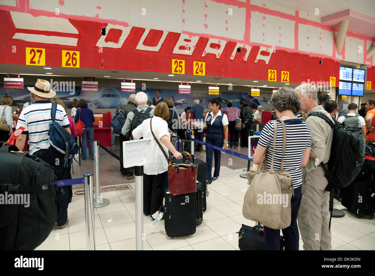 Aeroporto Havana Arrivi : Havana cuba jose marti international airport queues at the check
