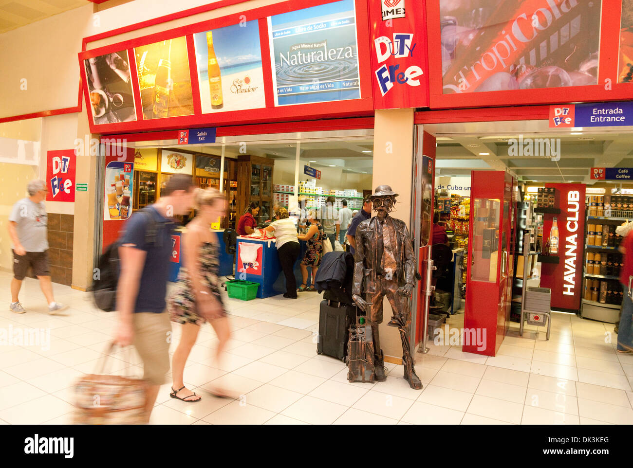 Aeroporto Havana Arrivi : Duty free shop store jose marti international airport havana