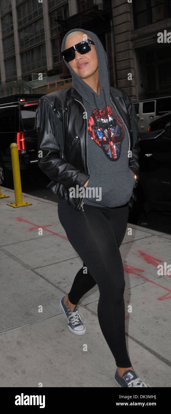Amber Rose Nue model and actress amber rose takes a walk in revealing