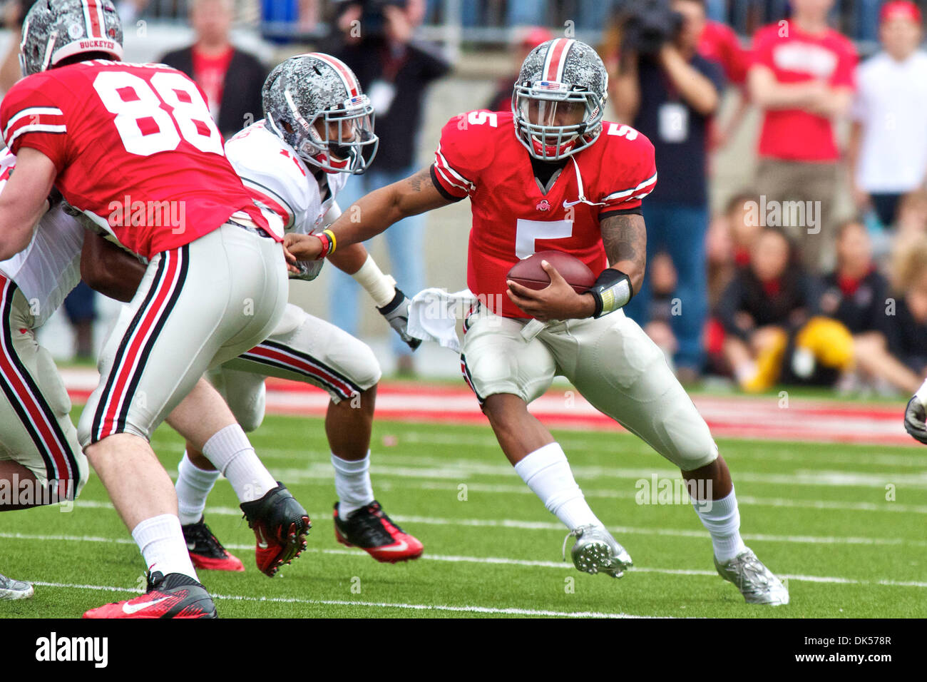 release info on 7e9d1 a6a1c Ryan Shazier Stock Photos & Ryan Shazier Stock Images - Alamy