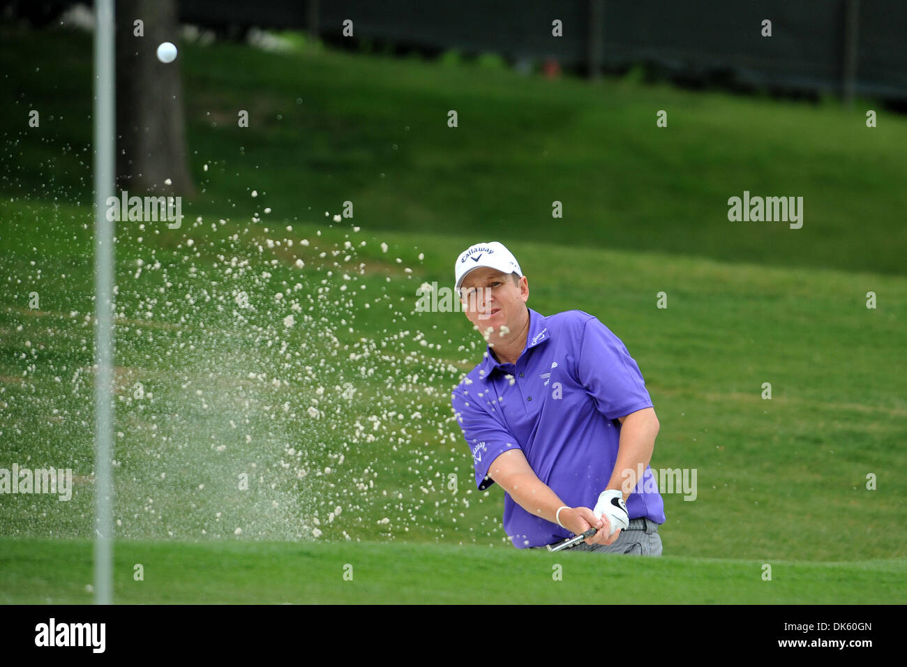 May 18, 2011 - Fort Worth, TX, USA - J.J. Henry chips the ball out of the bunker during the Pro-Am Day of the Crowne Plaza Invitational at Colonial played at Colonial Country Club in Fort Worth, TX. (Credit Image: © Patrick Green/Southcreek Global/ZUMAPRESS.com) - Stock Image