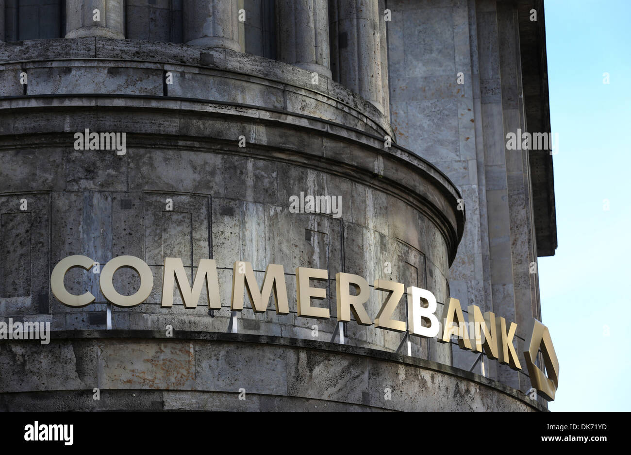 Duesseldorf, Germany. 03rd Dec, 2013. The lettering of global banking and financial services company Commerzbank AG is pictured on a branch of the bank in Duesseldorf, Germany, 03 December 2013. Investigators searched premises of the bank on 03 December 2013 because of suspicions of assistance with tax evasion. Photo: MARTIN GERTEN/dpa/Alamy Live News - Stock Image