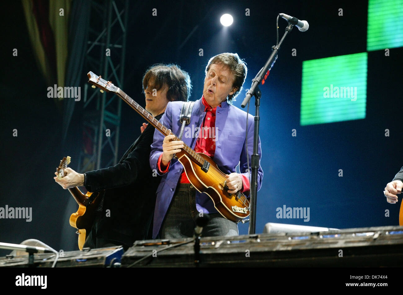 Sir Paul McCartney performing on the Pyramid stage at the Glastonbury Festival 2004. - Stock Image