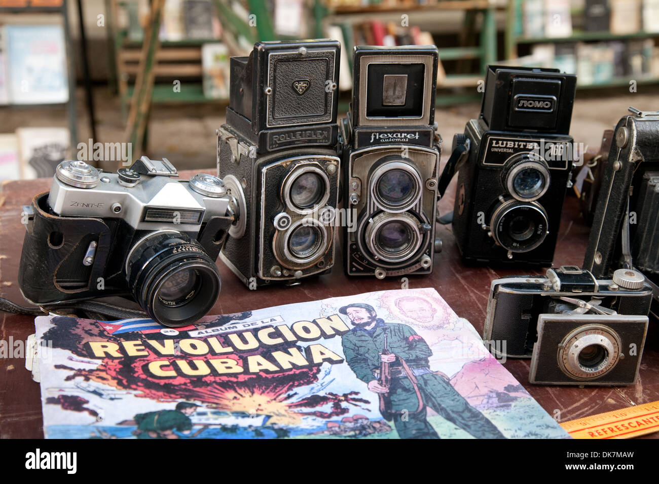 Old cameras for sale, Plaza de Armas square, Havana Cuba Caribbean - Stock Image