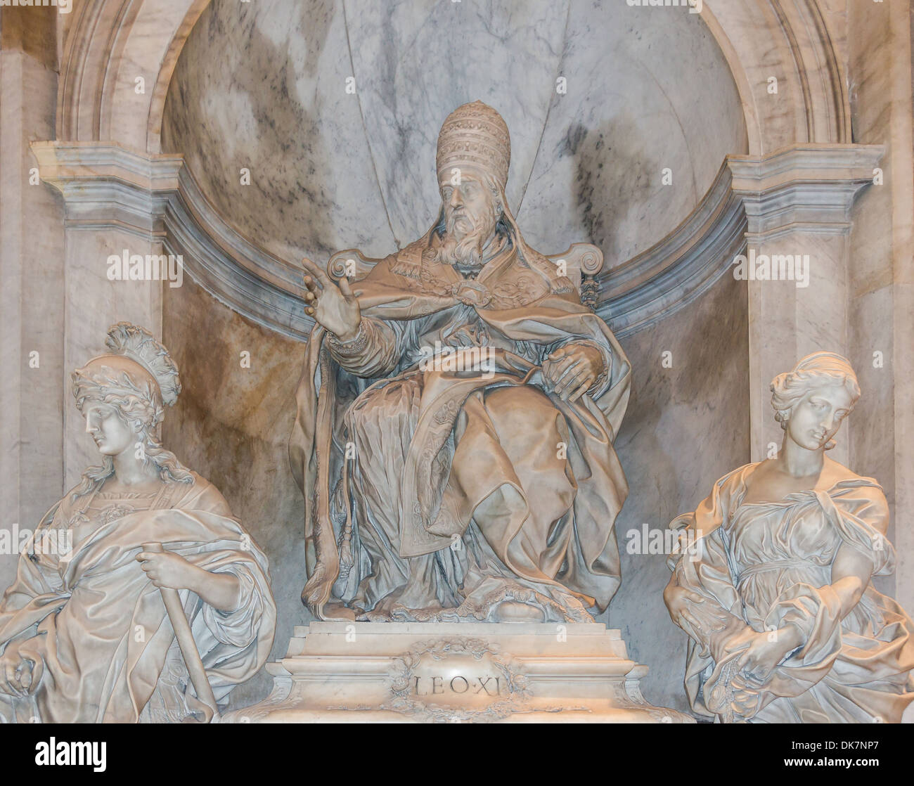 Monument to pope Leo XI, detail, by Alessandro Algardi, Saint Peter's Basilica, Vatican City. - Stock Image