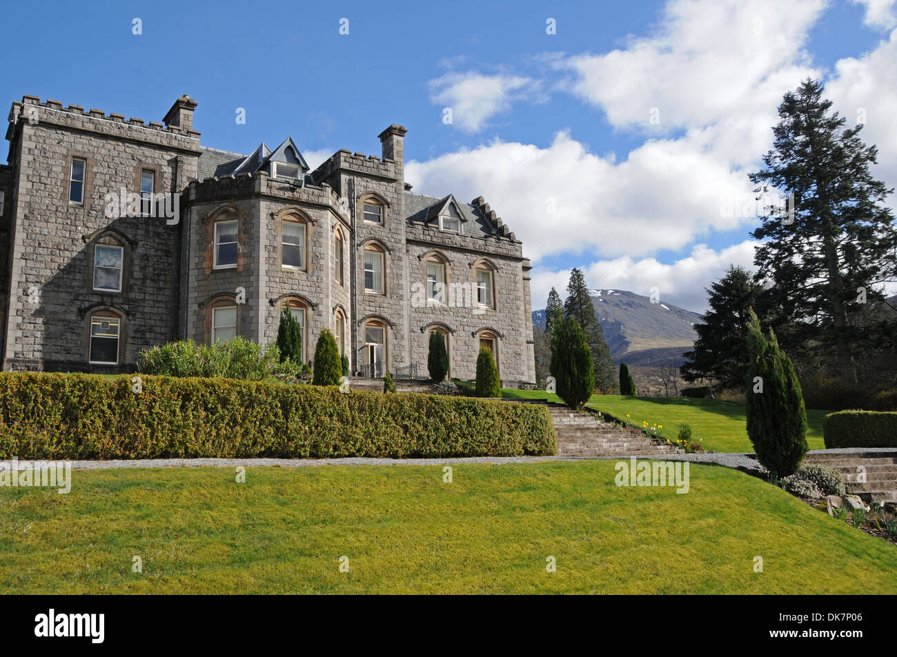 Castle Hotels Near Fort William