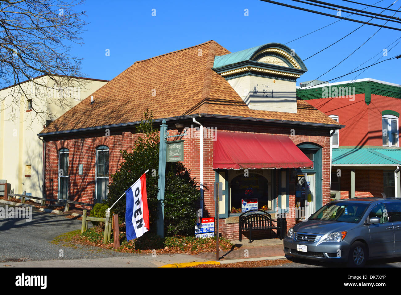 Sussex Co Title Trust & Coffee Federal St Milton - Stock Image