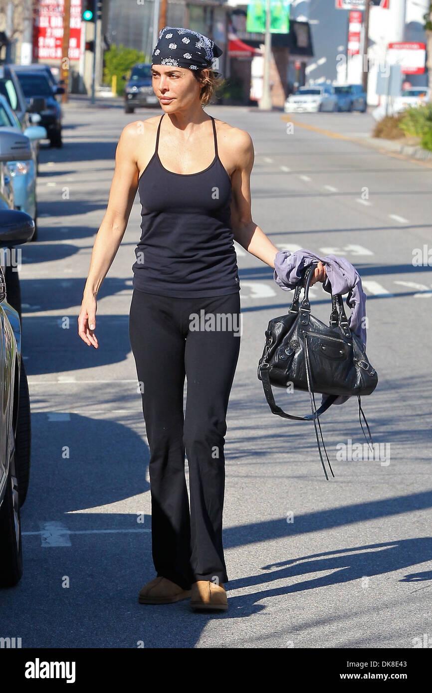 Lisa Rinna Leaving Yoga In Studio City Los Angeles California Stock Photo Alamy