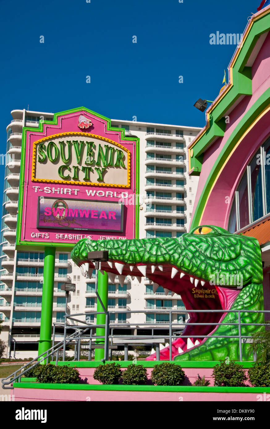 Alligator entrance and sign for Souvenir City T-shirt World at Biloxi Beach on Mississippi Sound of Gulf Coast. - Stock Image