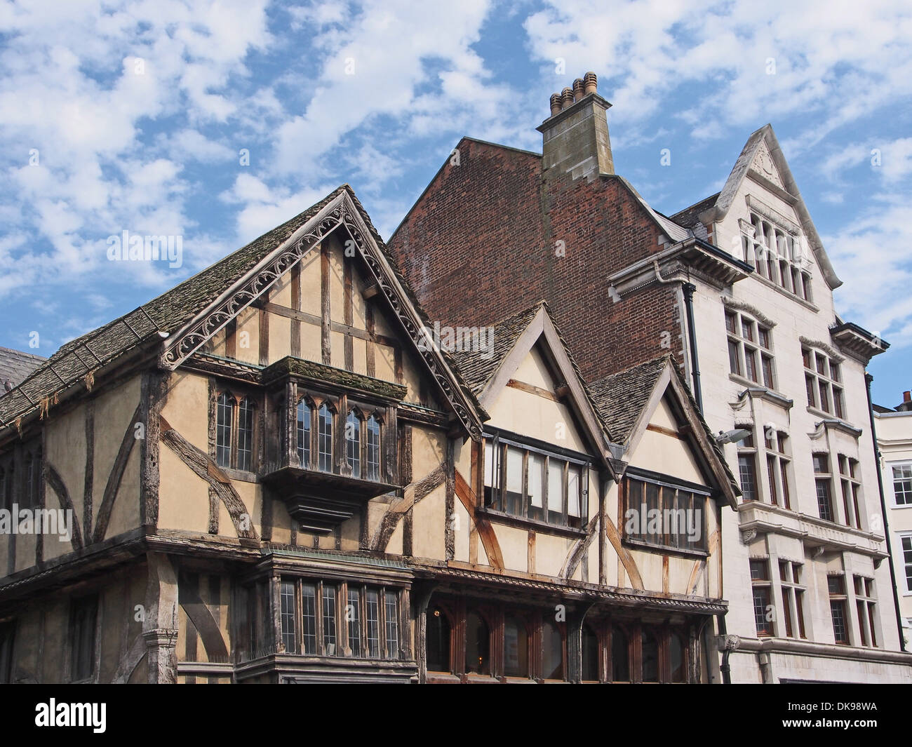 Oxford fourteenth century building, still used as a shop - Stock Image