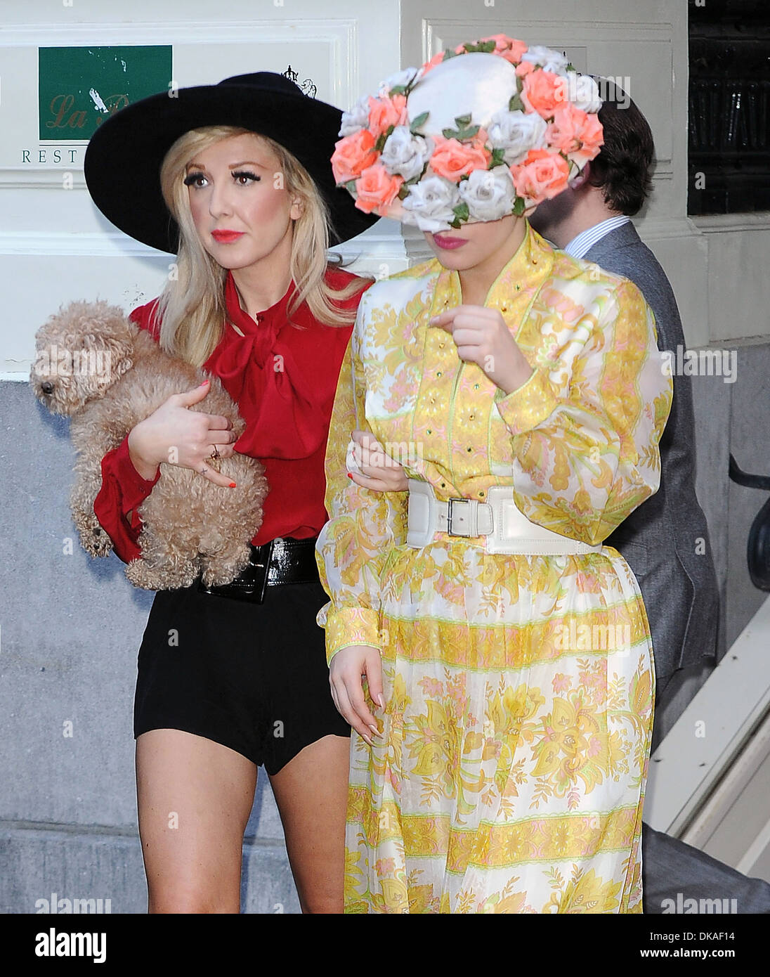 lady-gaga-leaves-her-hotel-with-make-up-