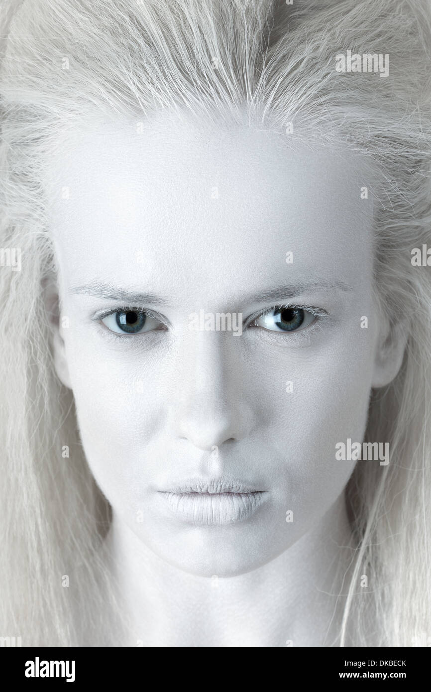Portrait of mysterious albino woman - Stock Image