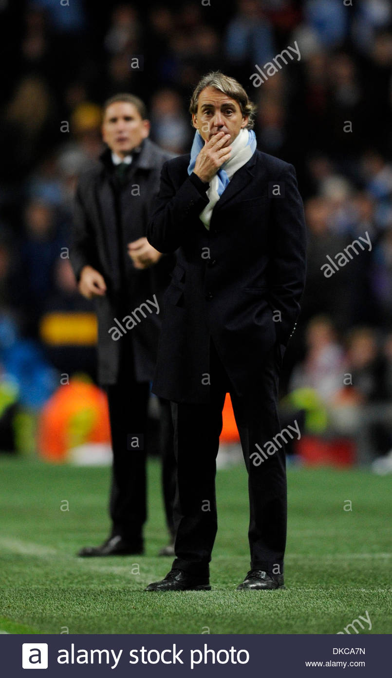 With 5 minutes to go Roberto Mancini manager of Manchester City looked a worries man..UEFA Champions League Group A..Manchester City v Villarreal..18th October, 2011.(Credit Image: © Simon Bellis/Sportimage/Cal Sport Media/ZUMAPRESS.com) - Stock Image