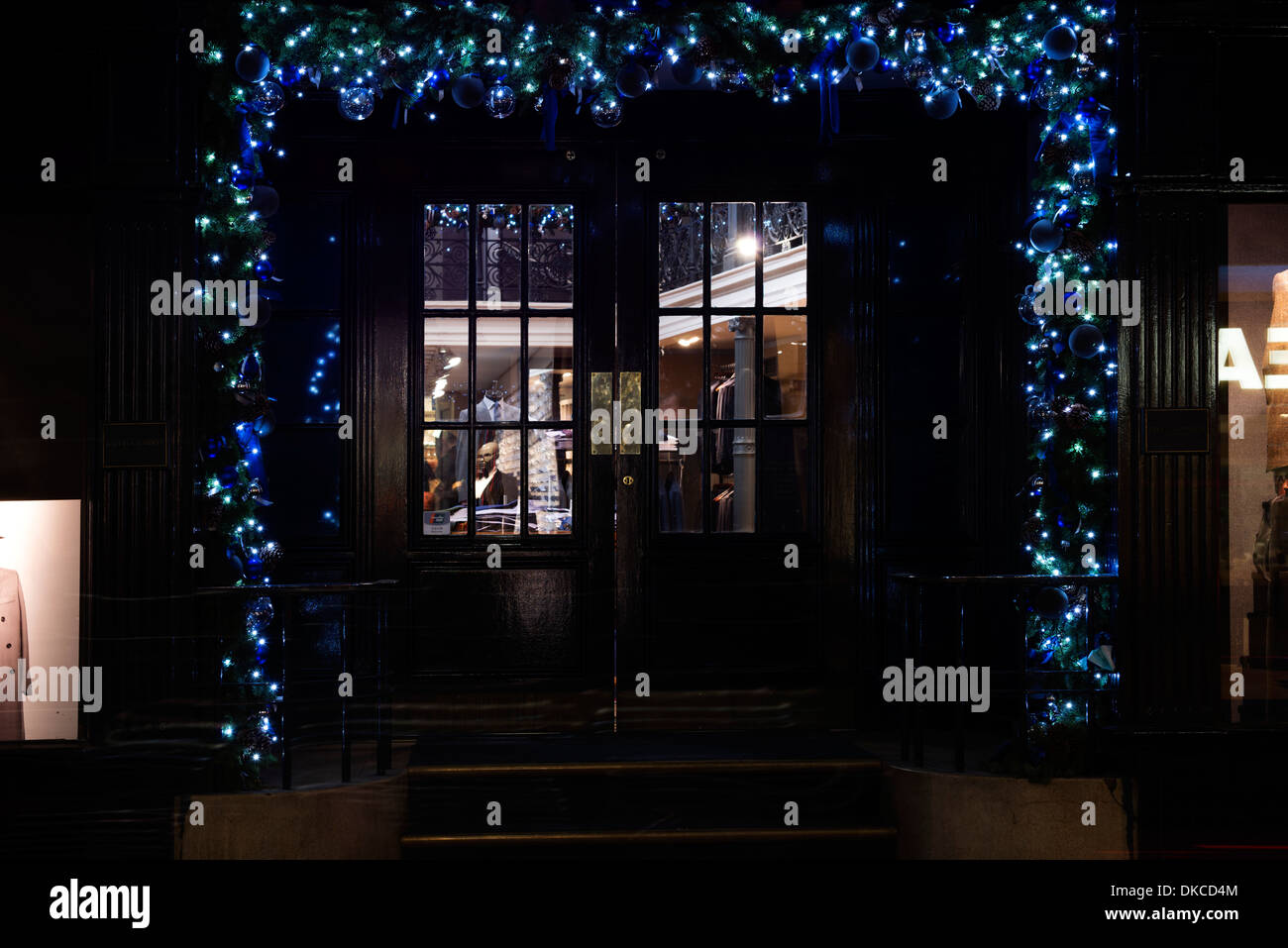 Christmas decorations Gieves & Hawkes, Saville Row - London - Stock Image