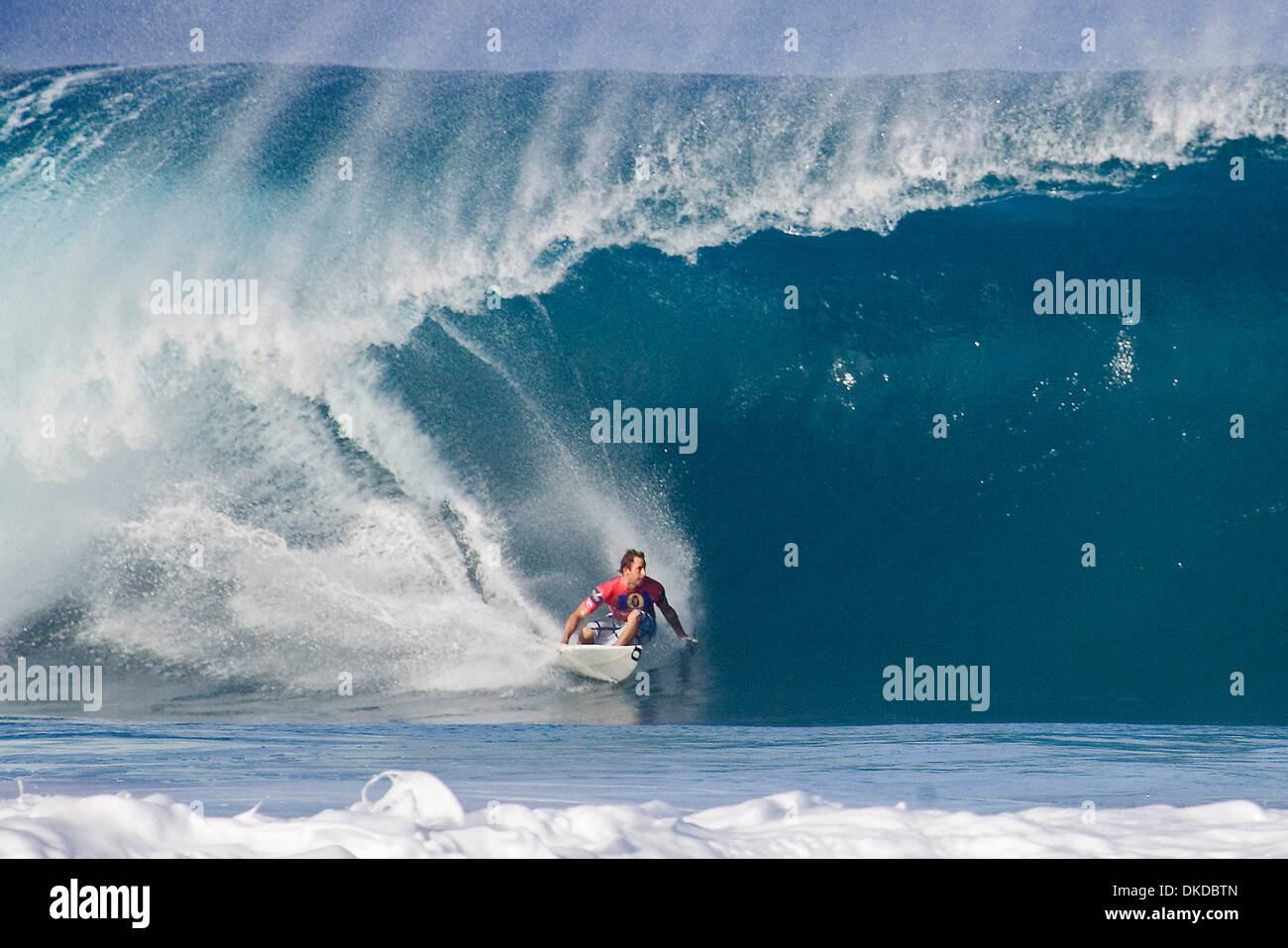 77e8c9b5243128 Surfing Action Pipeline Hawaii Stock Photos   Surfing Action ...