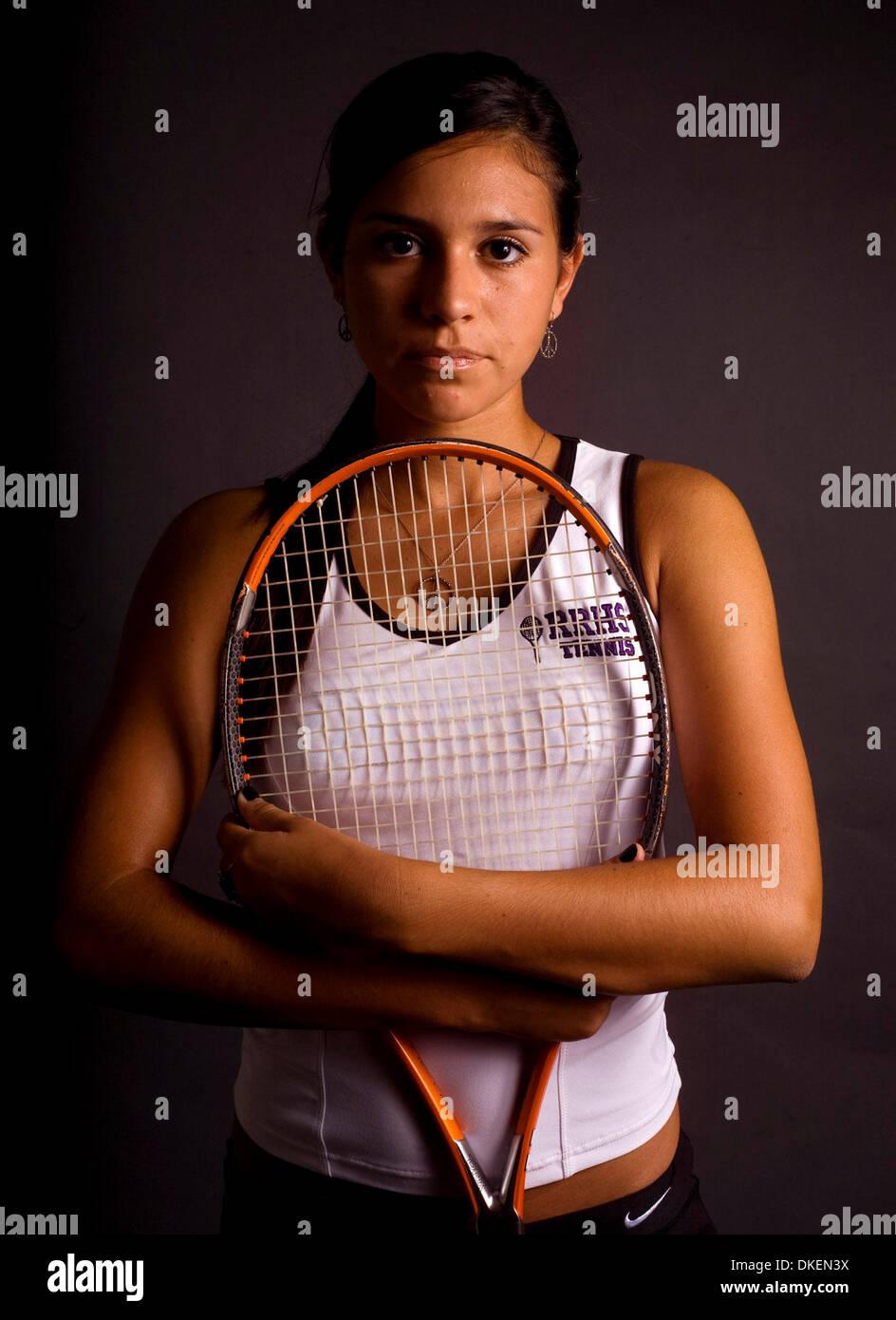 PT_306447_WIGI_allnorth_5 (05/28/2009 Wesley Chapel) River Ridge's Nicola Wellman, 17, is this year's North Suncoast girls tennis player of the year. (Credit Image: © St. Petersburg Times/ZUMA Press) - Stock Image