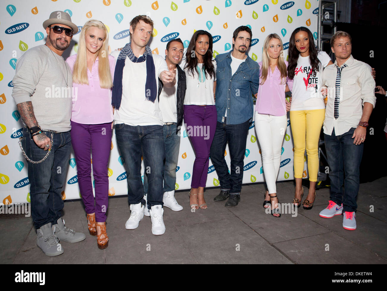 The Backstreet Boys Jenny Mccarthy Katrina Bowden And Selita Ebanks