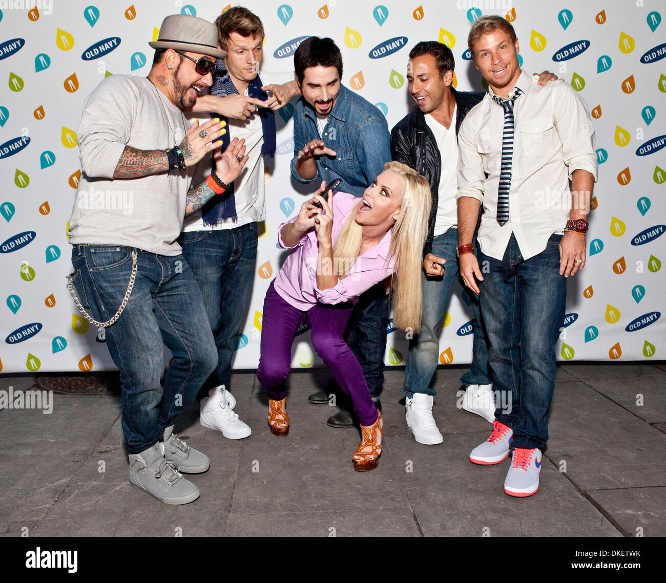 The Backstreet Boys And Jenny Mccarthy Old Navy Rockstar Fashion