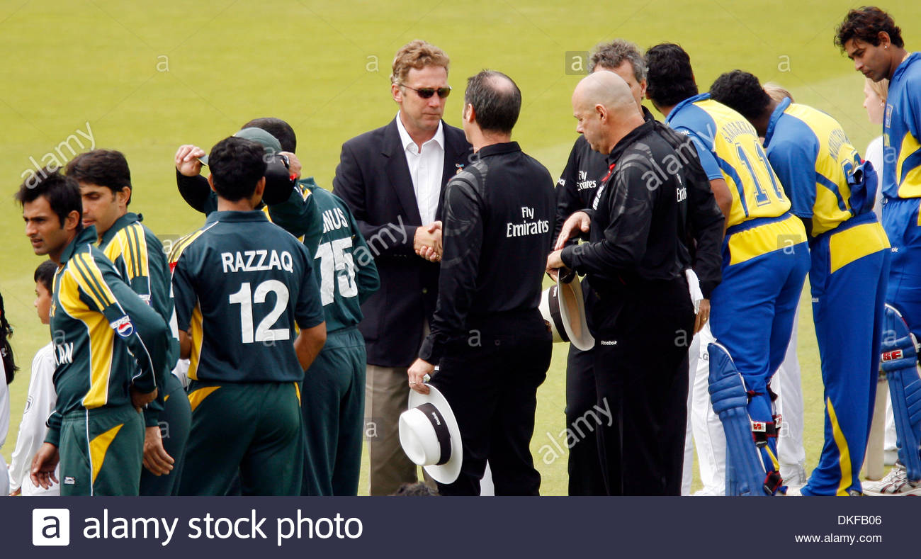 Match official Chris Broad who was caught up in the terrorist act when these two sides last met, shakes hands with the umpires..ICC WORLD TWENTY20 FINAL..Pakistan v Sri Lanka..21st June, 2009.(Credit Image: © David Klein/Sportimage/Cal Sport Media) - Stock Image