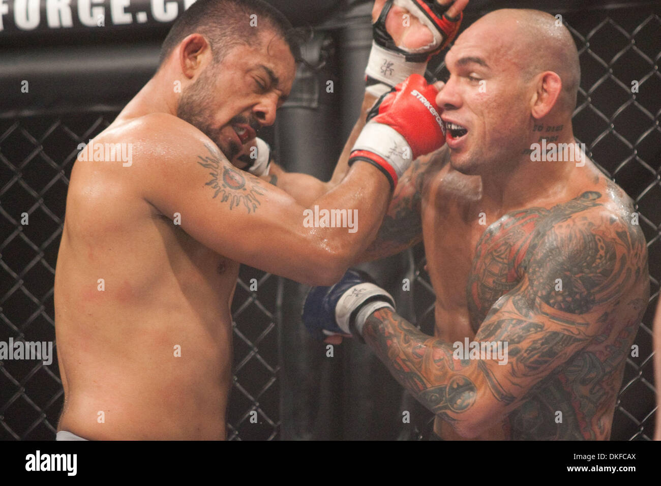 Jun 19, 2009 - Kent, Washington, USA - Strikeforce MMA fighting from Showare Center in Kent, WA. 'SMOKIN' JOEY VILLASENOR (L) vs. EVANGELISTA 'CYBORG' SANTOS. (Credit Image: © Andrew Fredrickson/Southcreek Global/ZUMA Press) - Stock Image