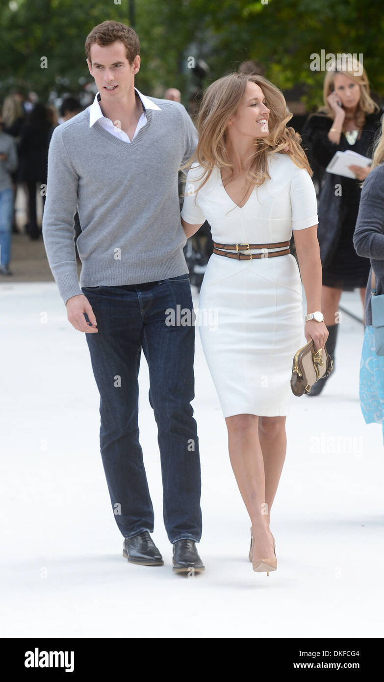 Andy Murray Kim Sears London Fashion Week Spring Summer 2013 - Burberry -  Arrivals London England - 17.09.12 c84afe633d8