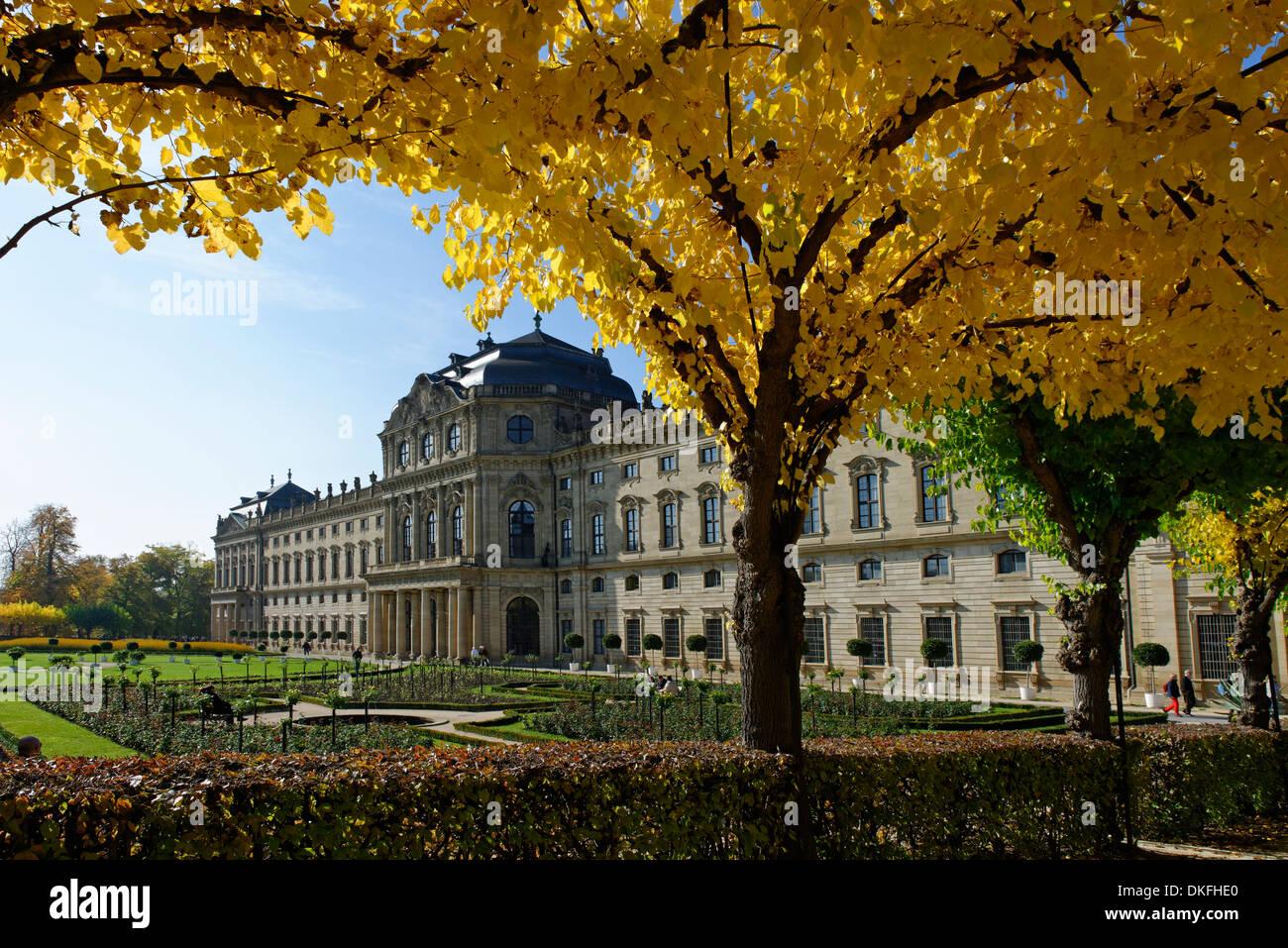 Garden view, palace gardens, Würzburg Residence, UNESCO World Heritage Site, Wuerzburg, Lower Franconia, Bavaria, Germany - Stock Image
