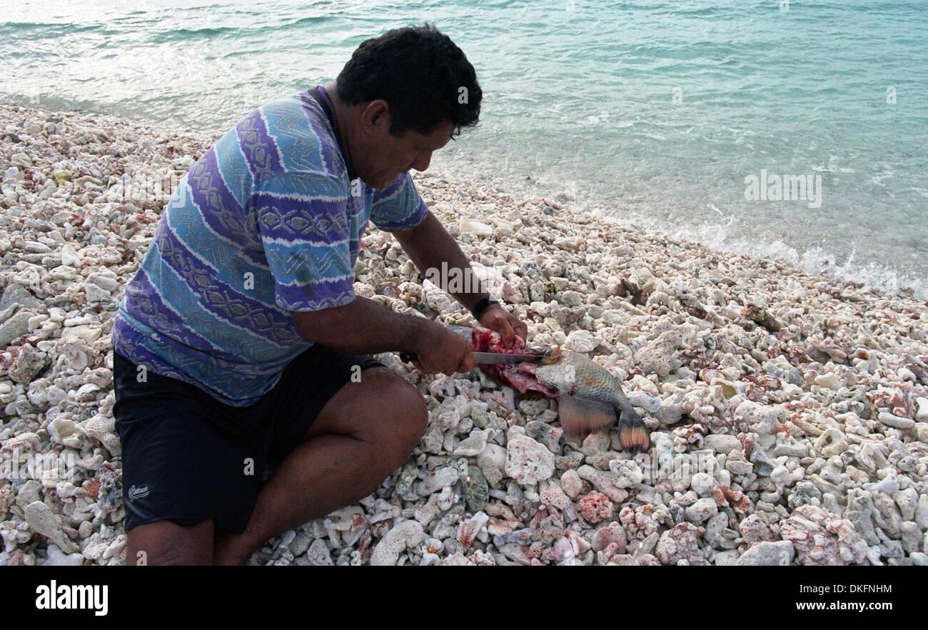 Shark fisherman. Raroia, Thahiti. French Polynesia - Stock Image