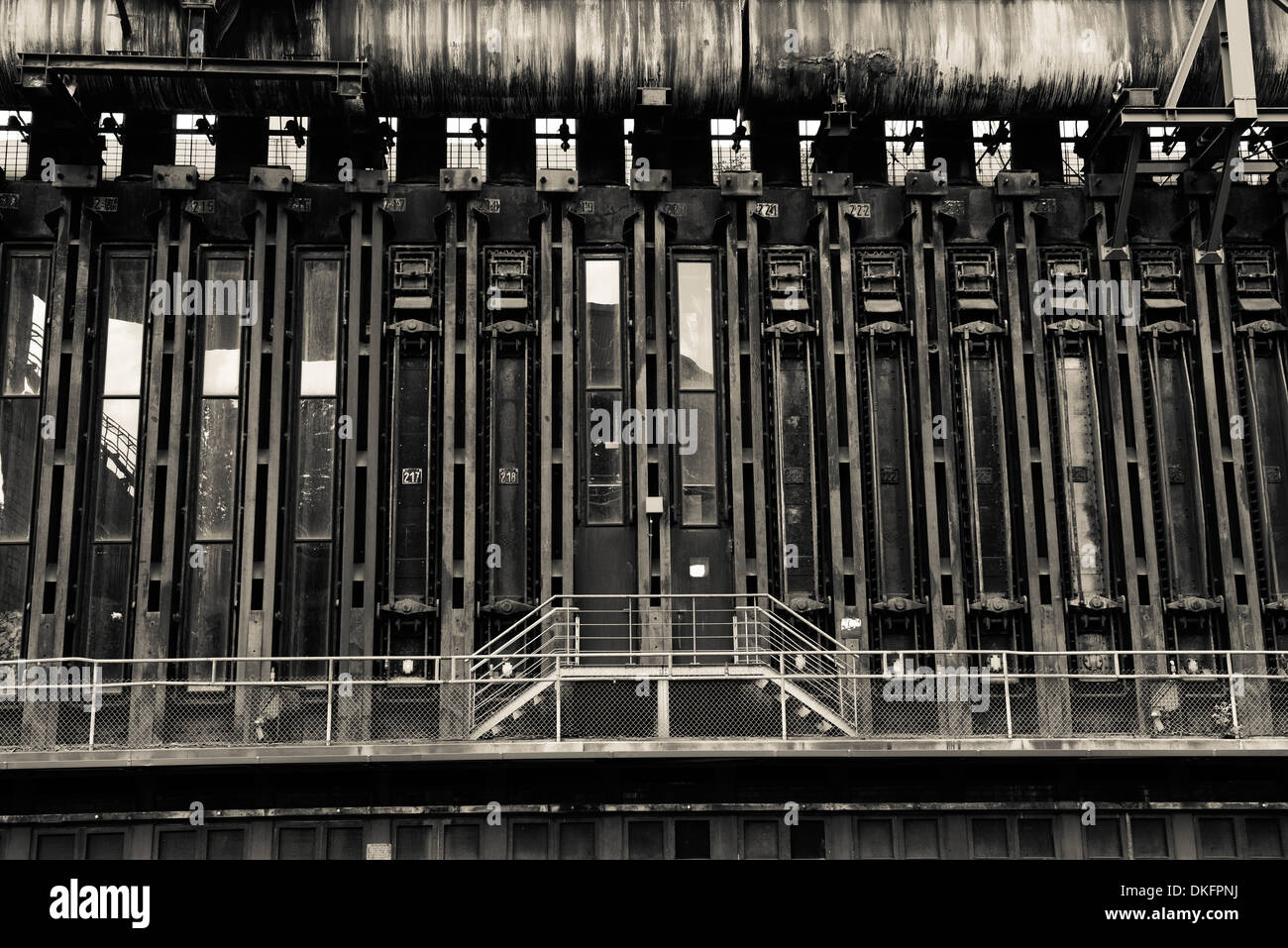 Coking plant, Zeche Zollverein, Essen, North Rhine-Westphalia, Germany, Europe - Stock Image