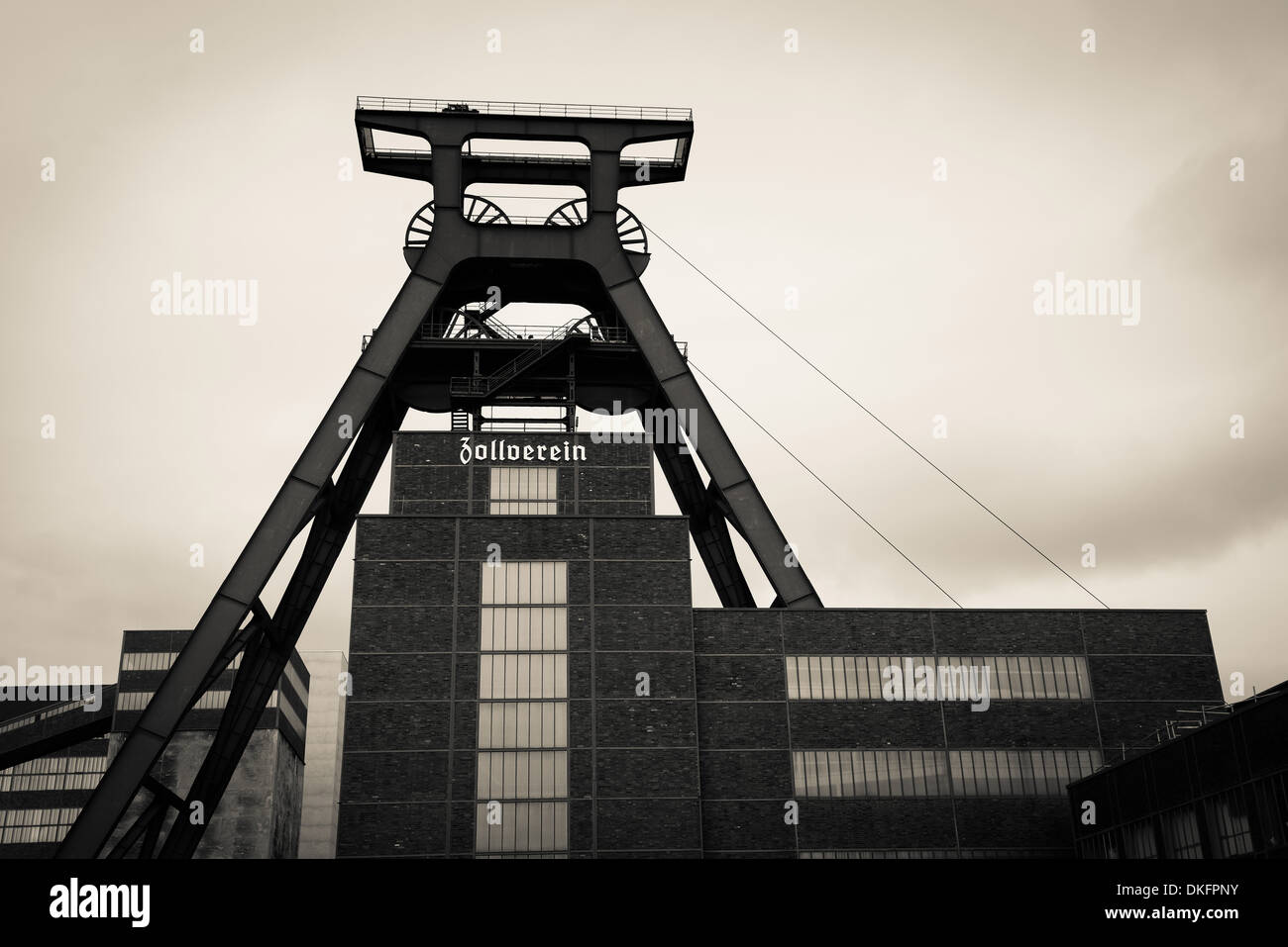 Zentralschachtanlage, Zeche Zollverein, Essen, North Rhine-Westphalia, Germany, Europe - Stock Image