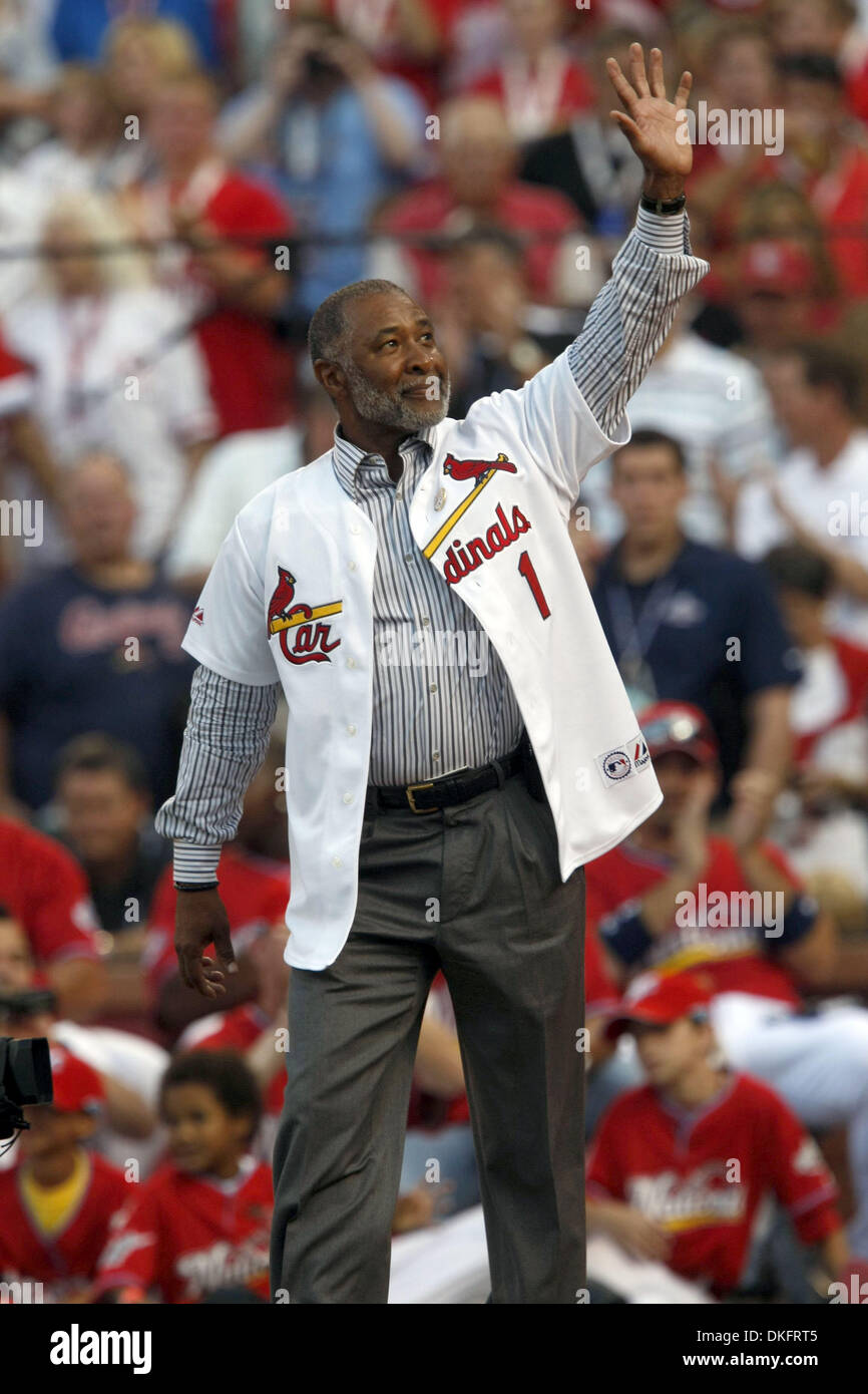 Jul 13, 2009 - St. Louis, Missouri, USA -  OZZIE SMITH greets the crowd before throwing out the first pitch at The 2009 All-Star State Farm Home Run Derby at Busch Stadium. (Credit Image: © J.B. Forbes/St Louis Post-Dispatch/ZUMA Press) RESTRICTIONS: * Alton, Belleville, Edwardsville, Moline, Rock Island (Illinois) Newspapers and USA Tabloids Rights OUT * - Stock Image