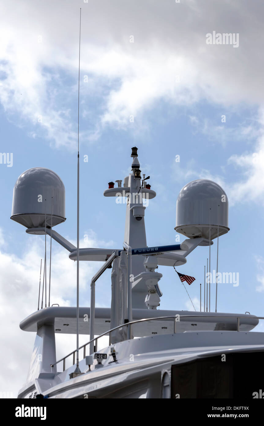 Marine navigation, GPS and radar equipment mast on a large private yacht or vessel. USA - Stock Image