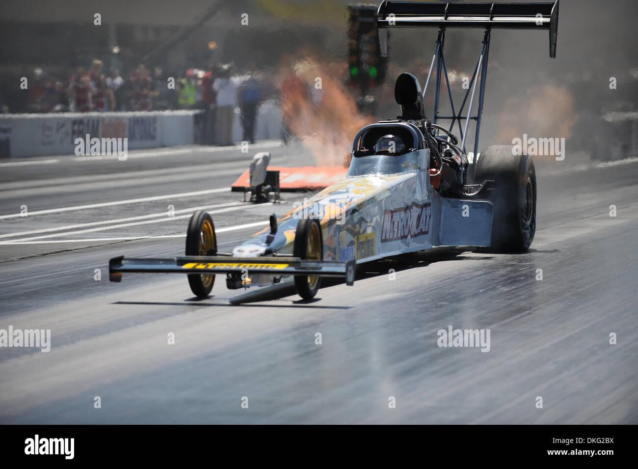 Top Fuel Drag Racing Stock Photos & Top Fuel Drag Racing Stock
