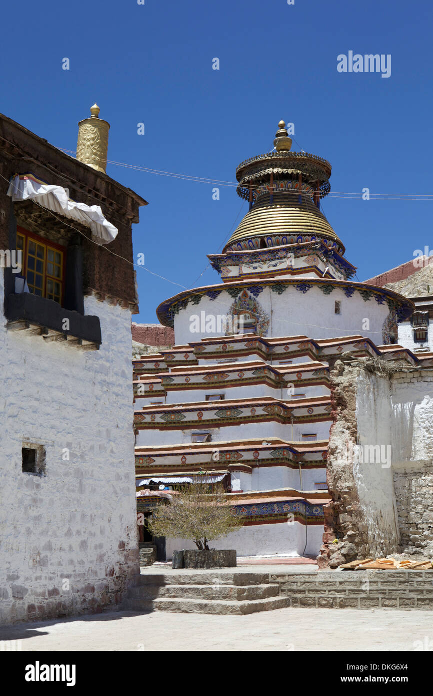 The Kumbum chorten (Stupa) in the Palcho Monastery at Gyantse, Tibet, China, Asia - Stock Image