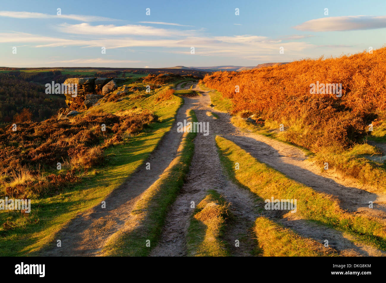 UK,Derbyshire,Peak District,Footpath Along Curbar Edge - Stock Image