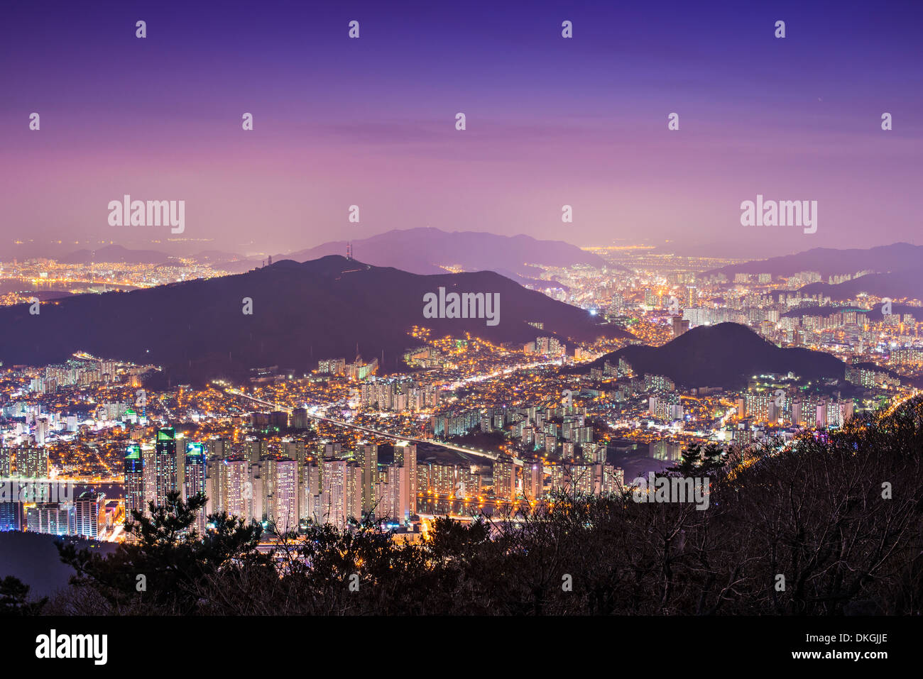 High rises and mountains in Busan, South Korea. - Stock Image