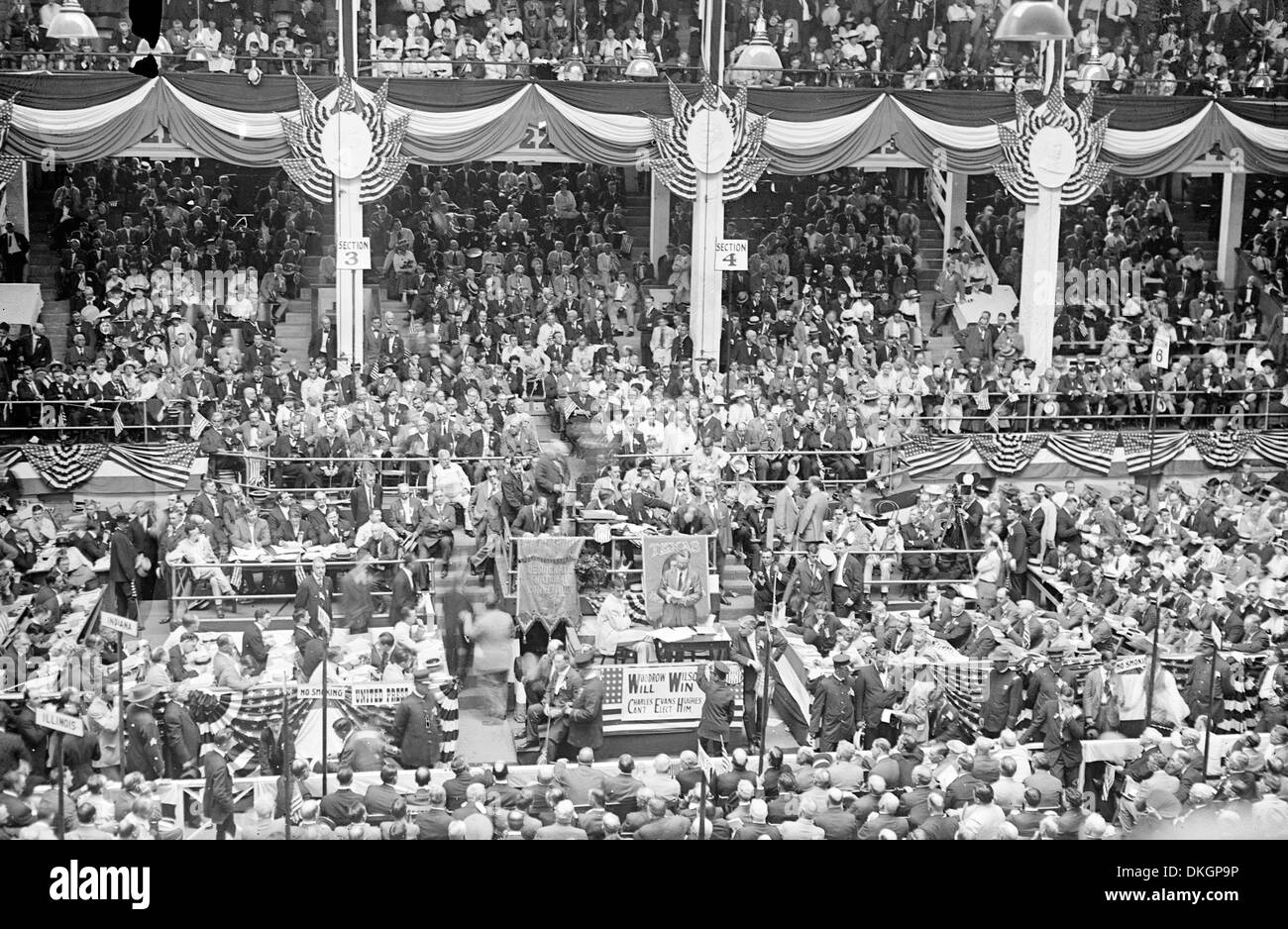 The Democratic Convention in St. Louis, Missouri 1916  Democratic National Convention in St. Louis, MO, with sign 'Woodrow Wilson will win.' - Stock Image