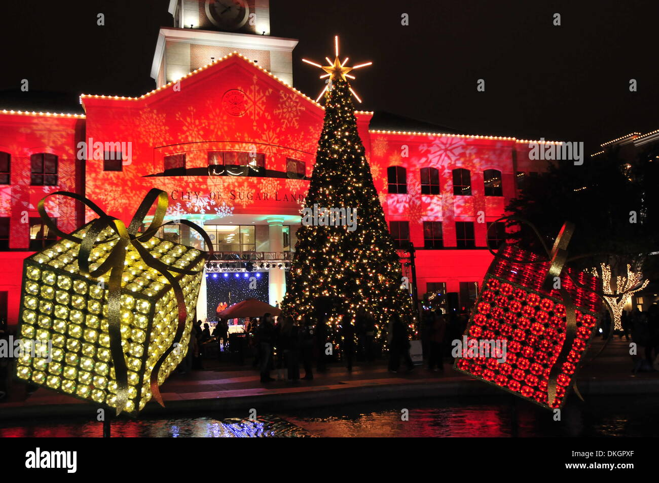 Sugar Land Texas USA. 5th December 2013. A 12-meter-high Christmas tree is seen after the 11th Annual Christmas Tree Lighting Ceremony in Sugar Land ... & Sugar Land Texas USA. 5th December 2013. A 12-meter-high Christmas ...