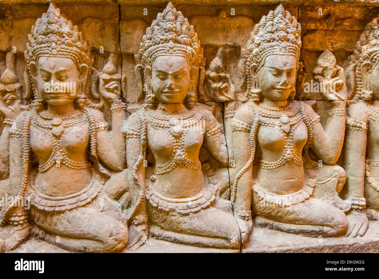 Apsara carvings in the Leper King Terrace in Angkor Thom, Angkor, UNESCO World Heritage Site, Siem Reap Province, Cambodia - Stock Image