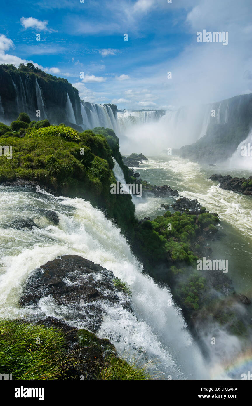 Foz de Iguazu (Iguacu Falls), the largest waterfalls in the world, Iguacu National Park, UNESCO World Heritage Site, Brazil - Stock Image