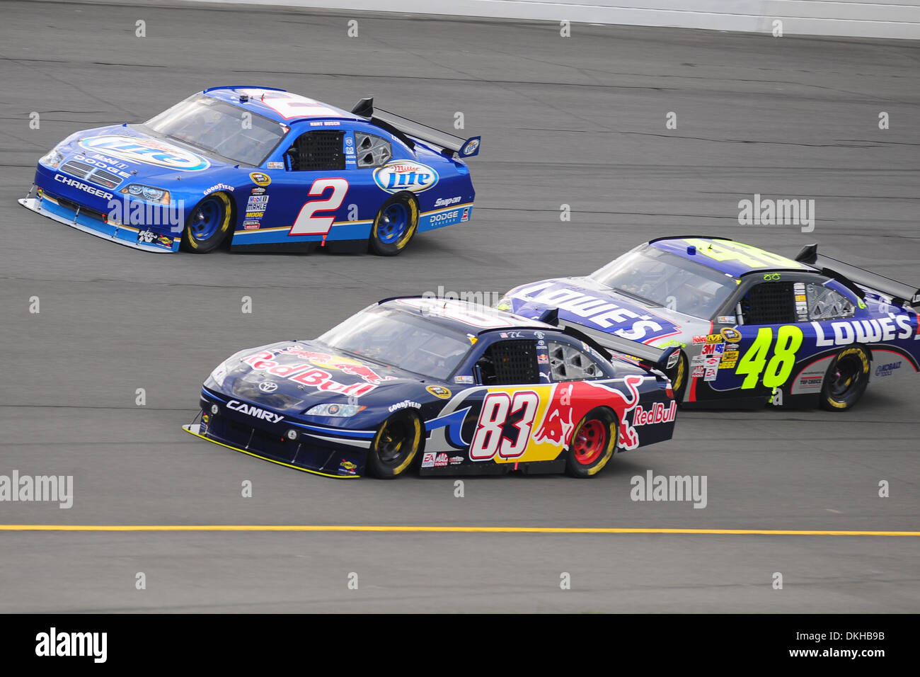 Red Bull driver Brian Vickers ,83, battles the Lowe's Chevrolet of