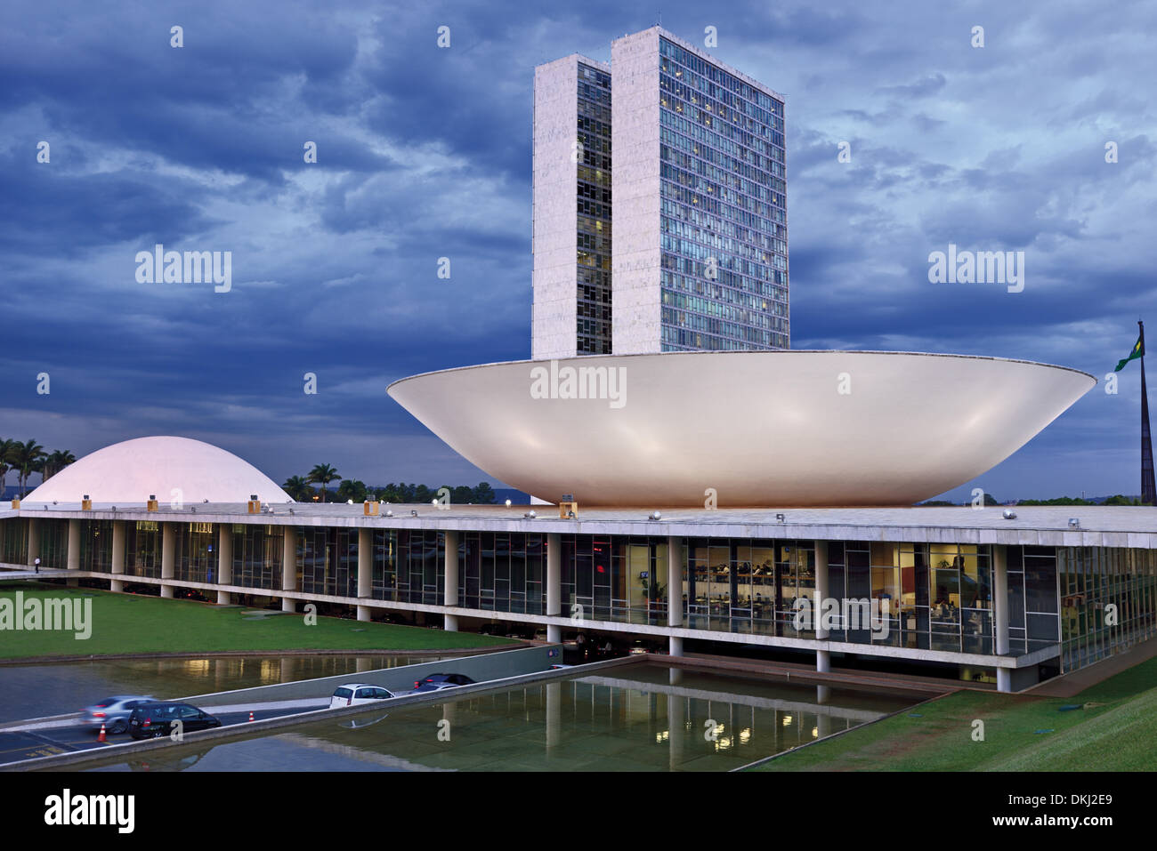 Brazil brasilia national congress senate chamber of deputies stock photo 63706673 alamy - Arquitecto de brasilia ...