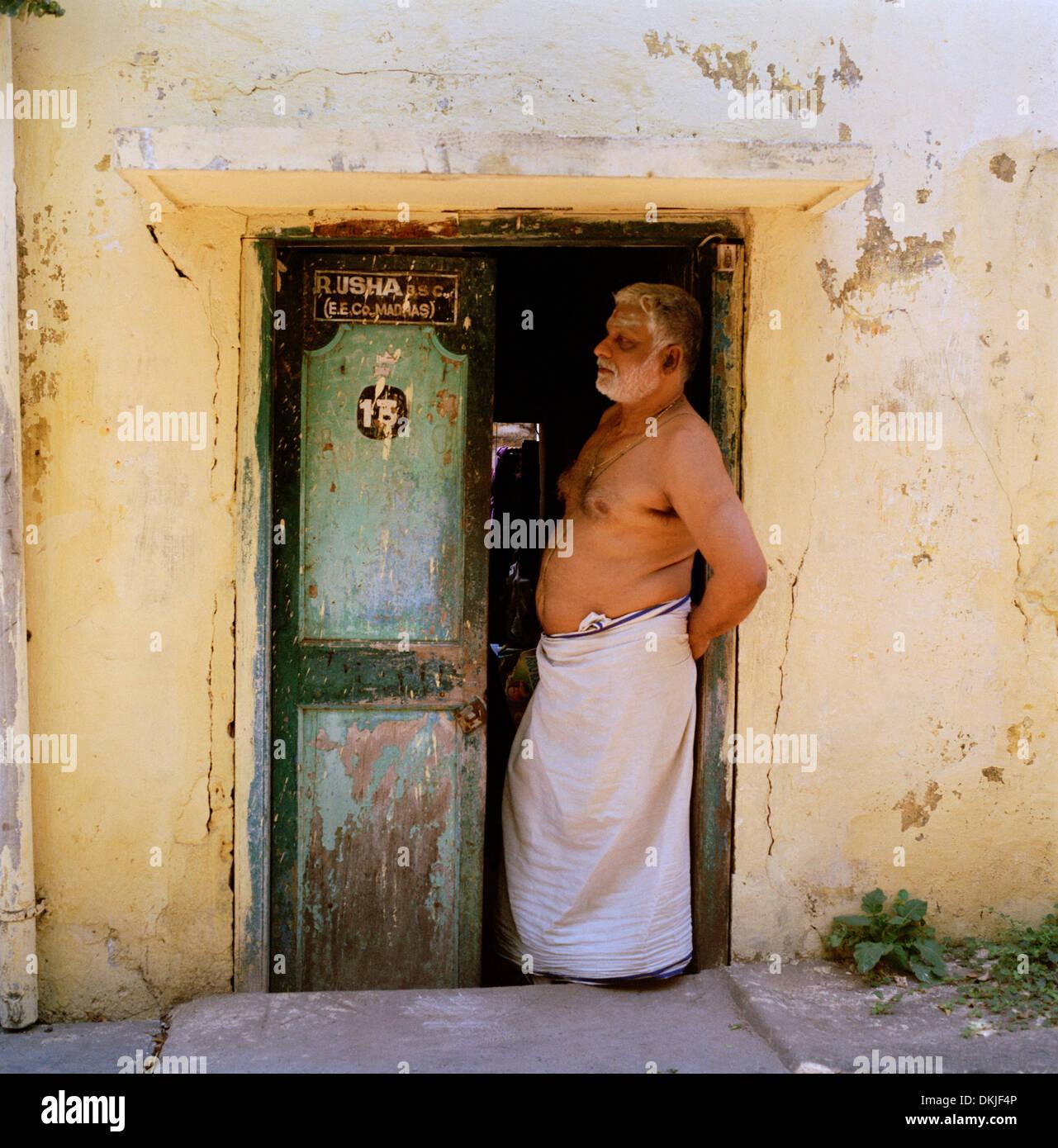 Artnlight Madras Terrace House Chennai: Chennai Slum Stock Photos & Chennai Slum Stock Images