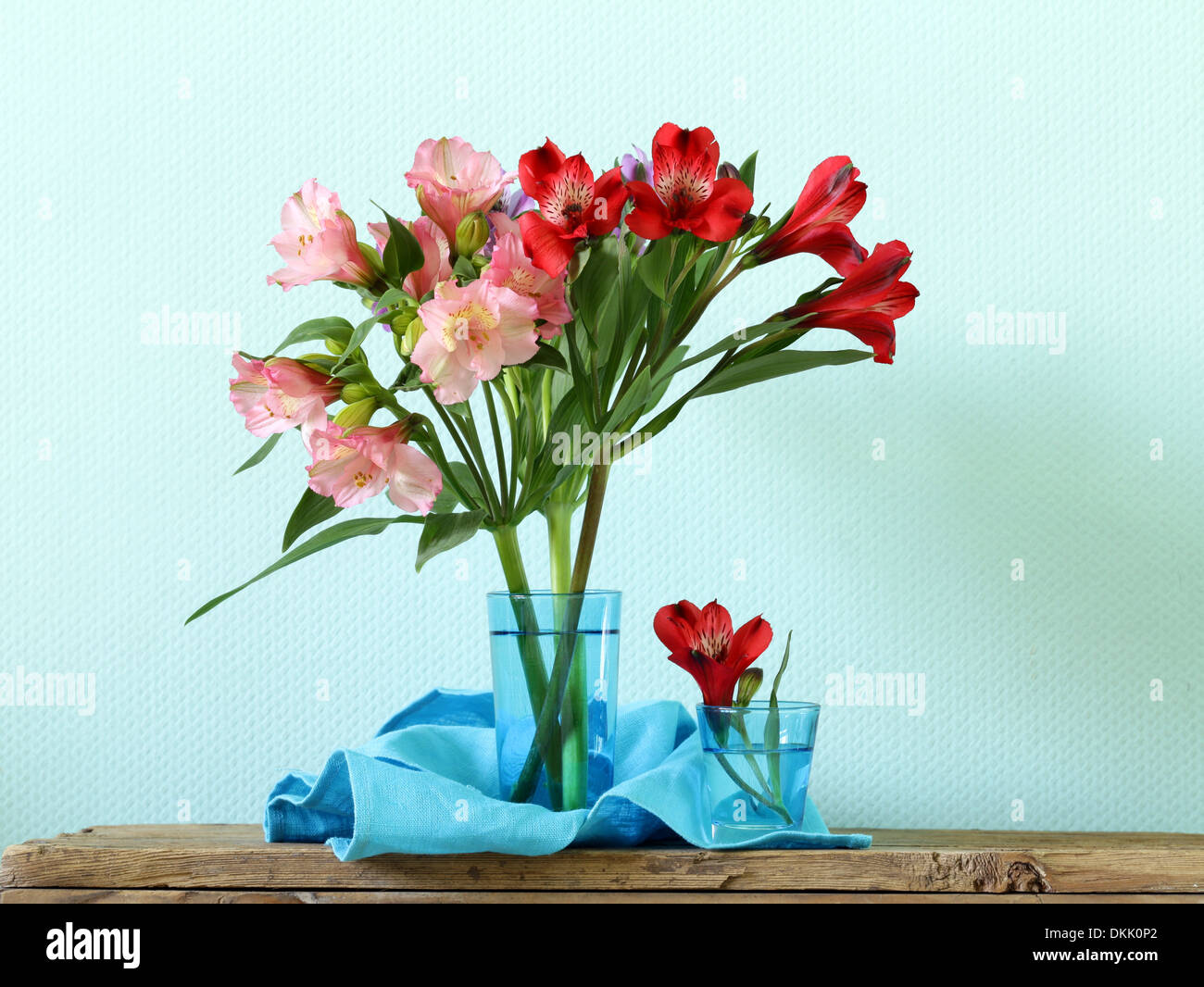 bouquet of flowers orchid family (Alstroemeria) beautiful and colorful - Stock Image