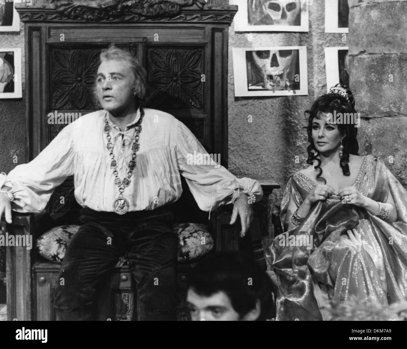 Aug. 8, 1966 - Rome, Italy - Academy Award winning actress ELIZABETH TAYLOR co-stars with her fifth husband RICHARD BURTON in the film, 'The Tragical History of Dr. Faust.' Burton will play Dr. Faust and Taylor acts as the role of Helen of Troy. (Credit Image: © KEYSTONE Pictures USA) - Stock Image